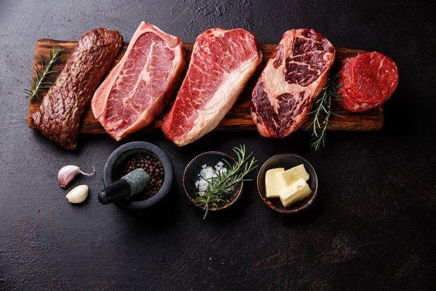 O υποσυνείδητος λόγος που ο περισσότερος κόσμος προτιμά να τρώει κρέας