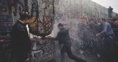 Οι ζωές των άλλων και η μέρα που έπεσε το τείχος