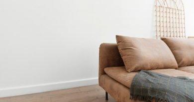Το καθιστικό θα γίνει το πιο χαλαρωτικό δωμάτιο με αυτές τις 4 κινήσεις