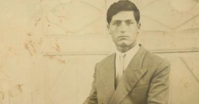 Κώστας Τσιολάκκης: Η ζωή στην επαρχία που μεγάλωσα